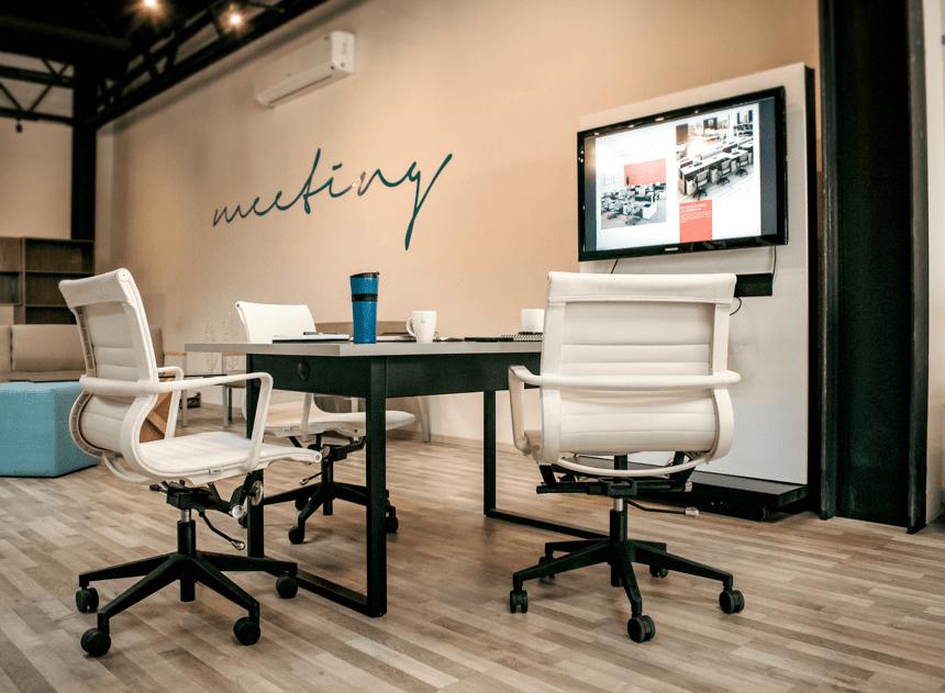 iluminacion-de-oficinas-modernas